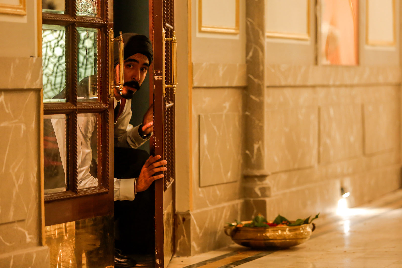 hotel mumbai (2019) review indonesia